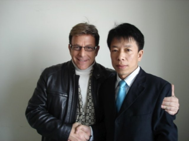 Jesse Cutler and Wu Jing Dong Editor of China Trade News
